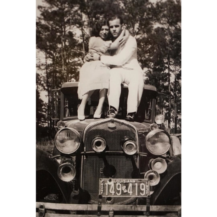 Going way back for #tbt to a very young Mary & Ernest Hansen circa 1932! 👫🍧💏